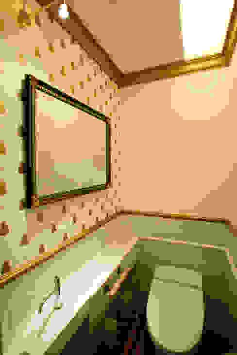 トイレ カントリースタイルの お風呂・バスルーム の 戸田晃建築設計事務所 カントリー