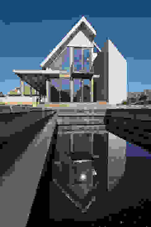 Duinvilla te Monster Moderne huizen van Kodde Architecten bna Modern
