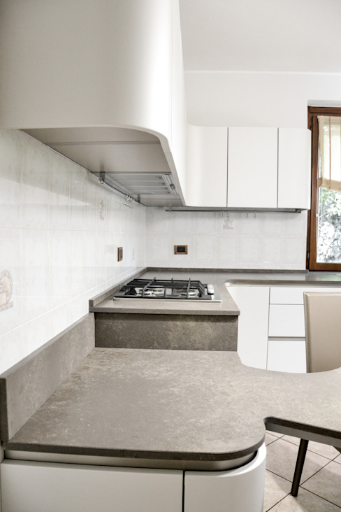 сучасний  by Architetti di Casa, Сучасний