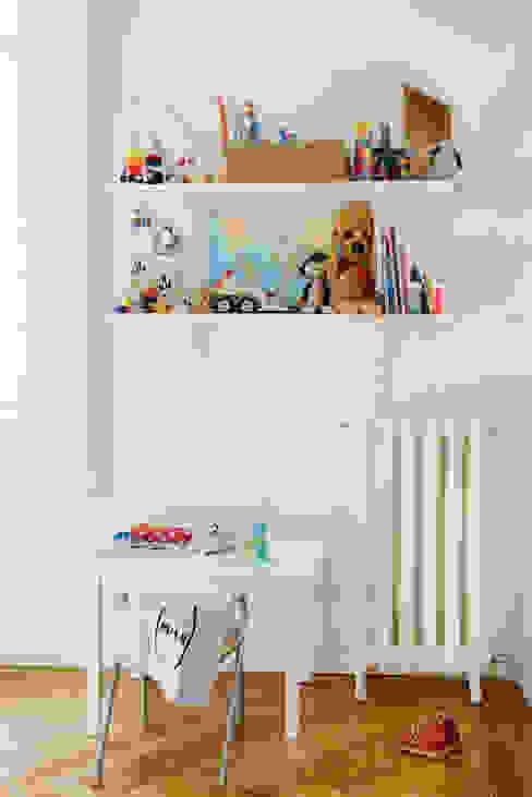 Vivienda zona plaza de Olavide, Madrid nimú equipo de diseño Dormitorios infantiles de estilo escandinavo