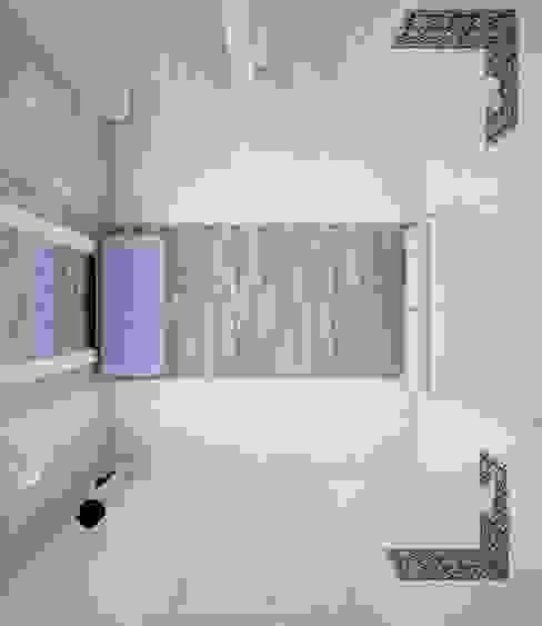 Ingresso, Corridoio & Scale in stile mediterraneo di DS Fresco Mediterraneo