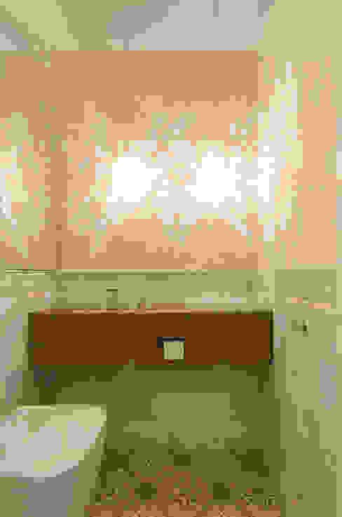 Art Nouveau Ванная в классическом стиле от Vivante Классический