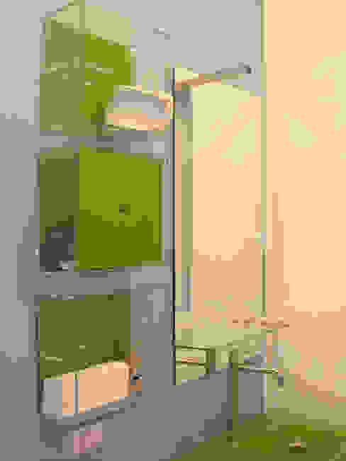 Minimalist bathroom by FAdesign Minimalist