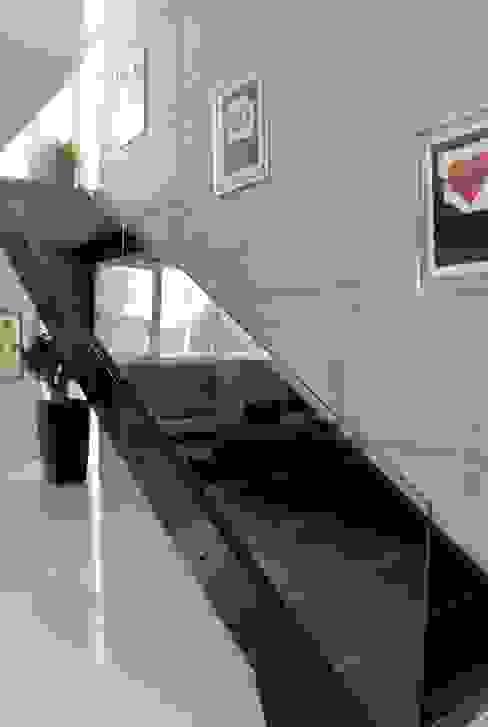 Unlimited Design – Mamurbaba Summer House: minimalist tarz , Minimalist