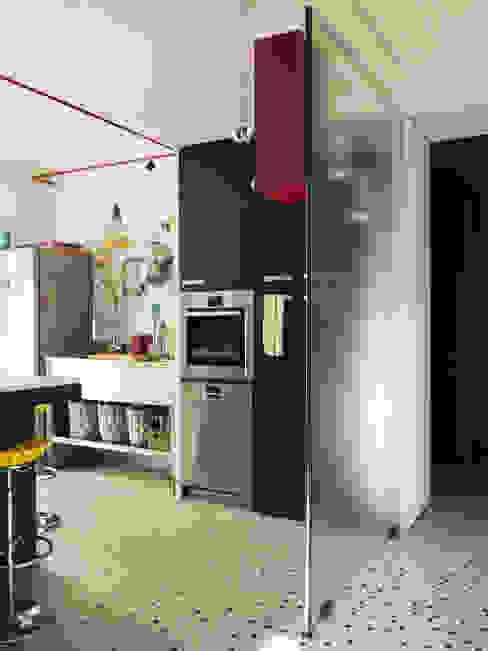 Appartement Observance Cuisine moderne par nesso Moderne
