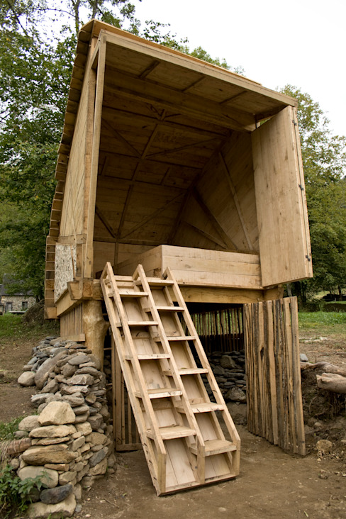 Summerhouse by Mill & Jones Rustic