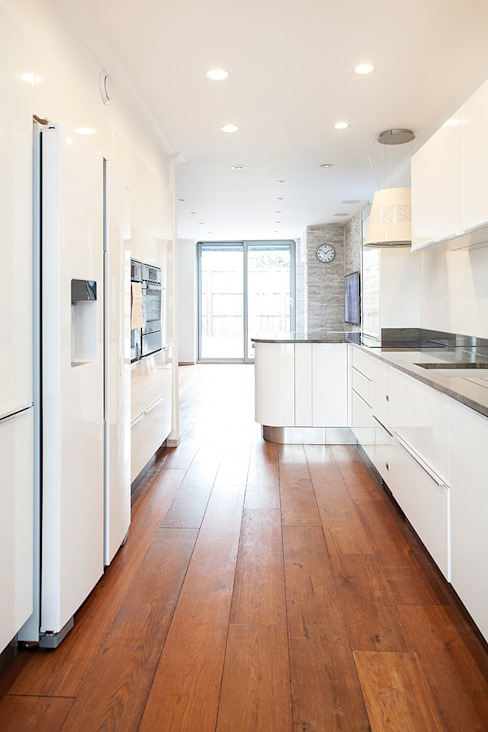 New Build House, London:  Kitchen by Nic  Antony Architects Ltd, Modern