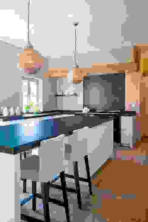 Parket in de keuken Moderne keukens van Nobel flooring Modern