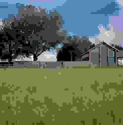 The Long Barn Casas rurales de Tye Architects Rural