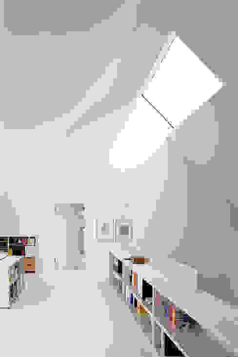 스칸디나비아 서재 / 사무실 by Bohn Architekten GbR 북유럽