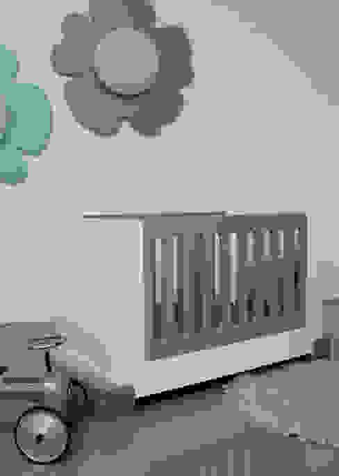 ledikant STOER:  Kinderkamer door ukkepuk meubels ,