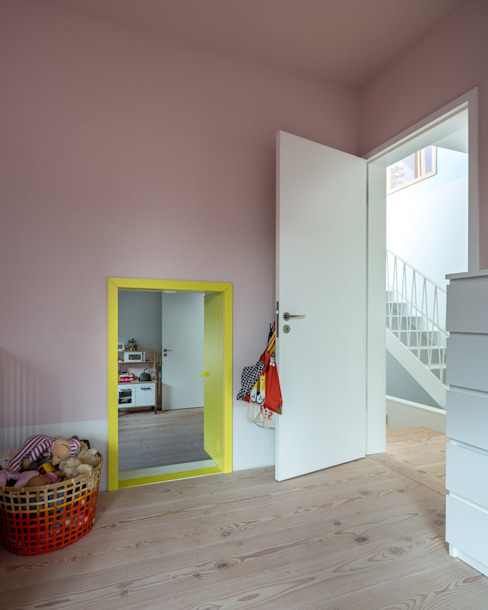 Modern nursery/kids room by REICHWALDSCHULTZ Berlin Modern