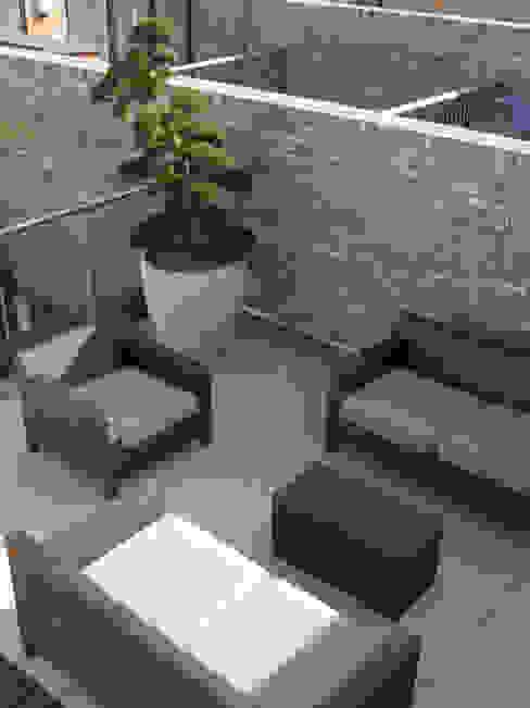 Sandstone Paving Minimalist balcony, veranda & terrace by Paul Dracott Garden Design Minimalist