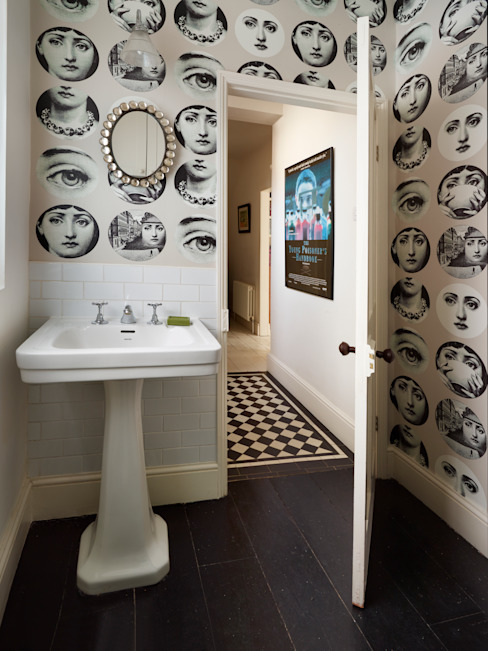 Funky cloakroom/utility room Eclectic style bathroom by ZazuDesigns Eclectic