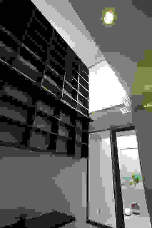 모던스타일 거실 by アーキシップス古前建築設計事務所 모던