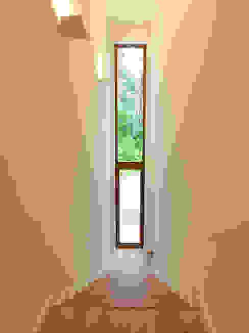 Bermüller + Hauner Architekturwerkstatt:  tarz Koridor ve Hol,