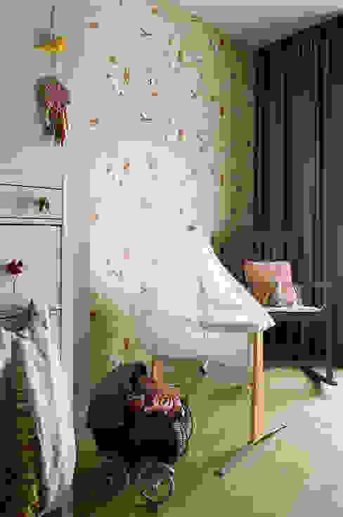 Pracownia Projektowa Poco Design Dormitorios infantiles de estilo ecléctico