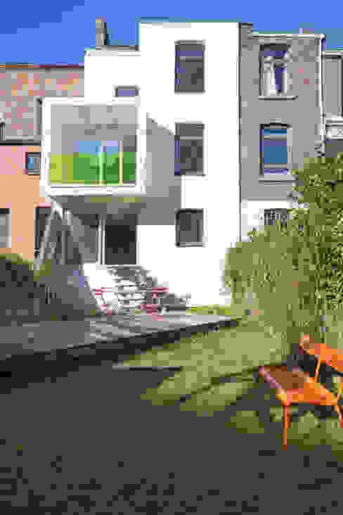 Modern houses by sebastien.mouffe Modern