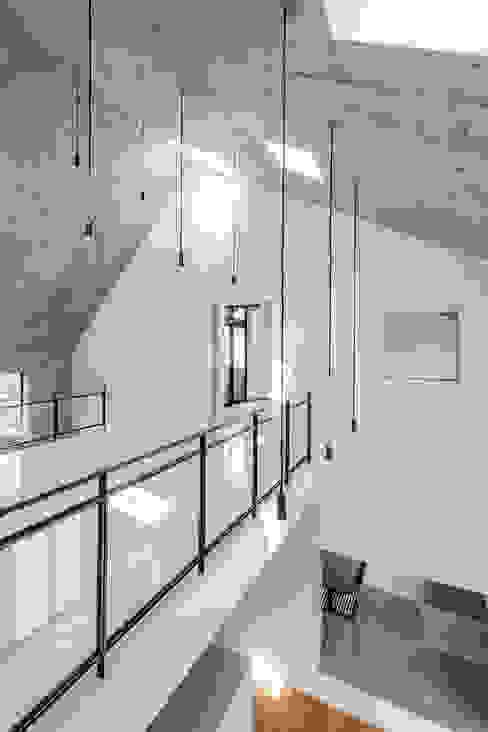 Modern Kid's Room by ZOYA Design Office Modern
