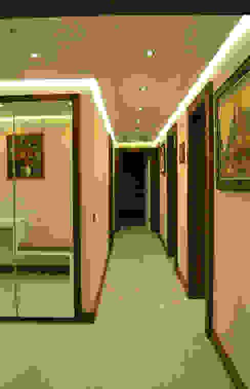 VARYAP MERIDIAN B_40 Klasik Koridor, Hol & Merdivenler NM Mimarlık Danışmanlık İnşaat Turizm San. ve Dış Tic. Ltd. Şti. Klasik