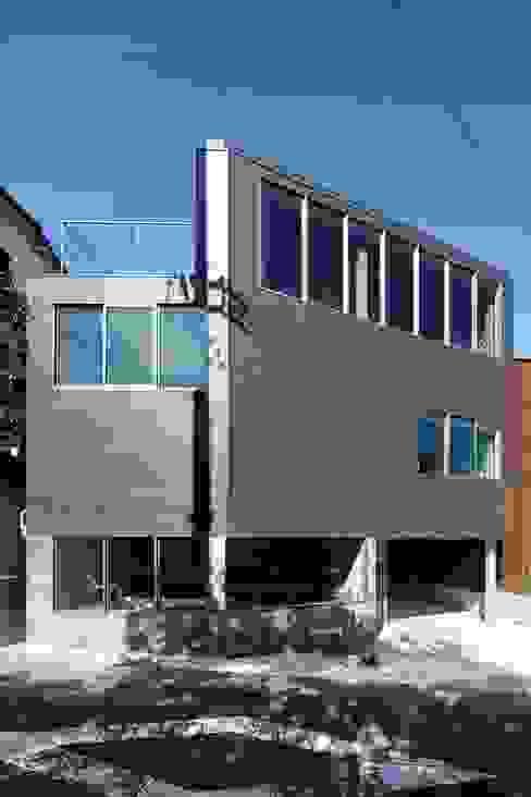 n-house: mattchが手掛けた家です。,モダン