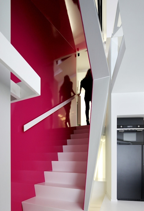 Modern Corridor, Hallway and Staircase by o2-architectes Modern