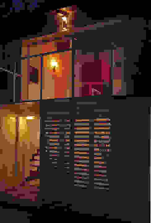 LA CASA NEL TUFO Balcone, Veranda & Terrazza in stile rurale di ANDREA ROSSETTI architetto Rurale