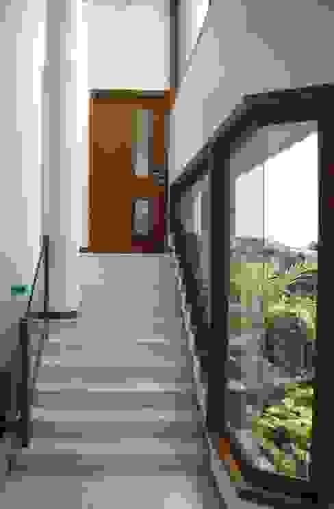 ANWAR SALEEM RESIDENCE by Muraliarchitects