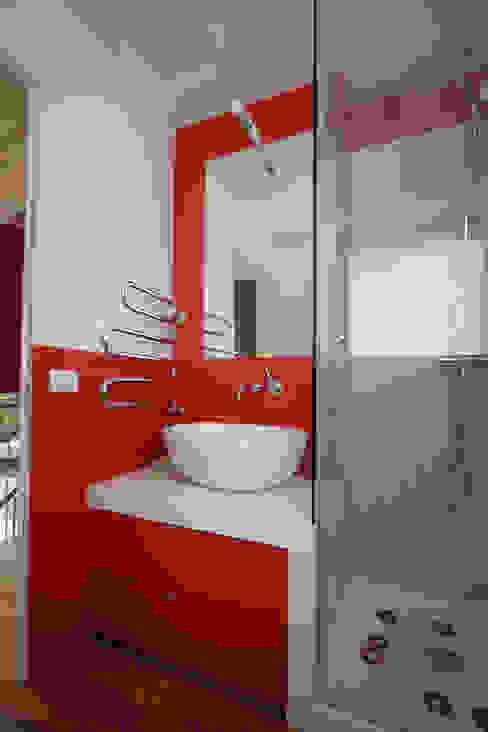 Emilia Barilli Studio di Architettura ห้องน้ำ