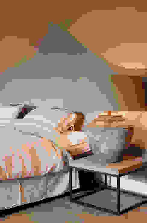 Project Ten Klei Moderne slaapkamers van huis van strijdhoven Modern