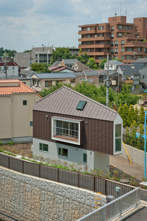 ​River side house / House in Horinouchi 水石浩太建築設計室/ MIZUISHI Architect Atelier Modern houses