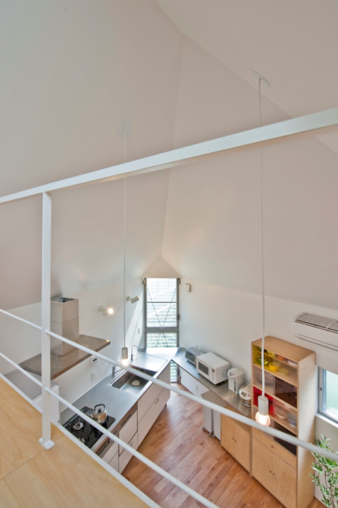 River side house / House in Horinouchi Nowoczesna jadalnia od 水石浩太建築設計室/ MIZUISHI Architect Atelier Nowoczesny