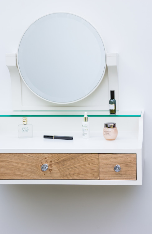 Hanging dressing table di Meble Autorskie Jurkowski Classico