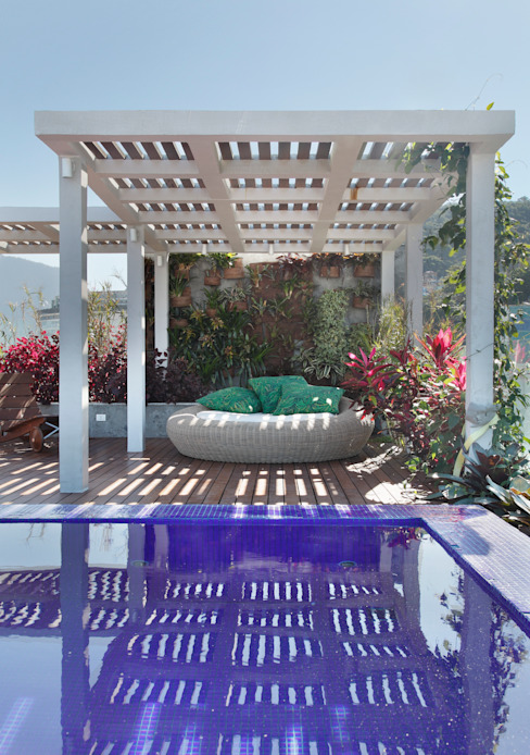Patios & Decks by House in Rio