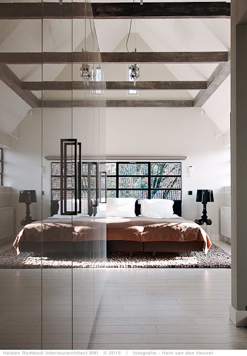 Bedroom by Heleen Rombout interieurarchitect BNI, Country
