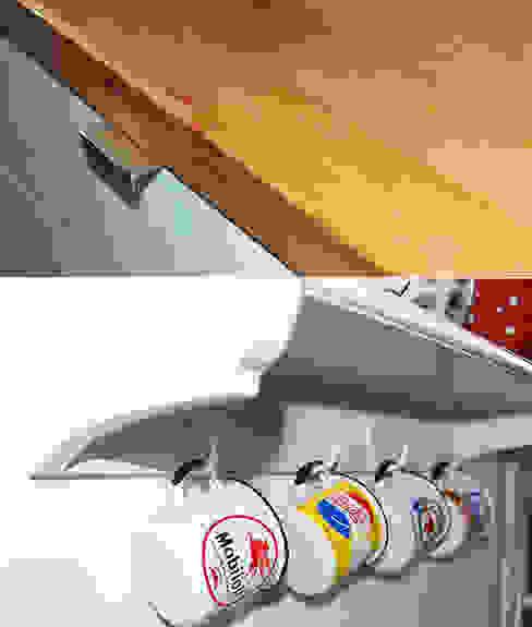 Rénovation d'une cuisine • Houilles 78 par Agnès Dandine - Chichichic