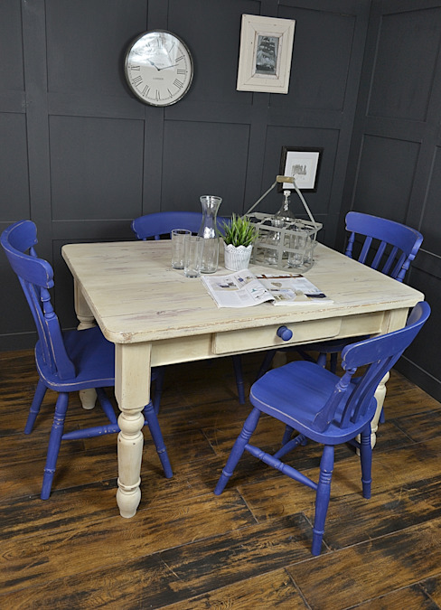Blue & White Farmhouse Dining Set par The Treasure Trove Shabby Chic & Vintage Furniture Rural