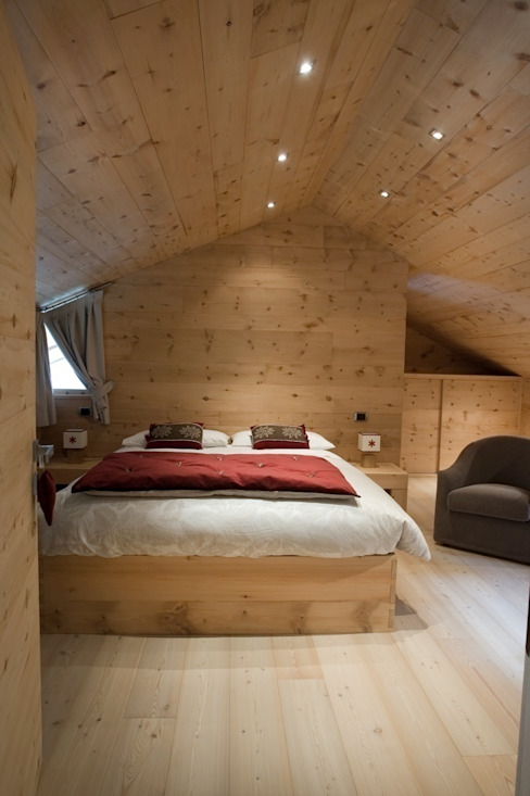 Villa C+R - a Villa renovation Camera da letto in stile rustico di BEARprogetti - Architetto Enrico Bellotti Rustico