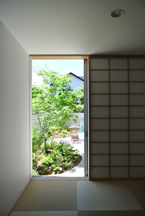 GARDEN from JAPANESE ROOM FURUKAWA DESIGN OFFICE Modern media room