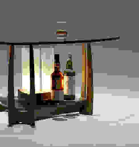 眺めのよい家具: 矩須雅建築研究所が手掛けた折衷的なです。,オリジナル