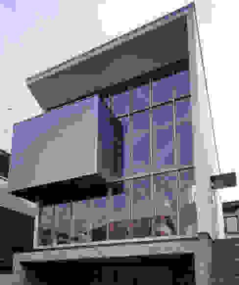 外観 モダンな 家 の 豊田空間デザイン室 一級建築士事務所 モダン ガラス