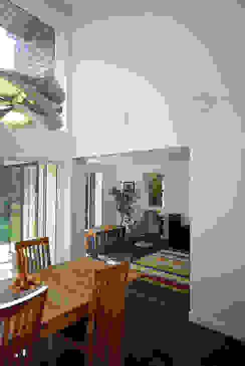 Cedar House Ruang Keluarga Modern Oleh Designscape Architects Ltd Modern