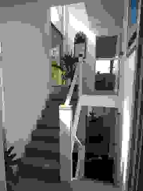 Midsummer House Modern corridor, hallway & stairs by Hinton Cook Architects Modern