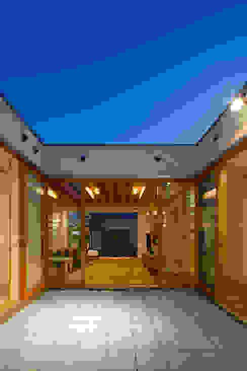 窪江建築設計事務所의  정원,