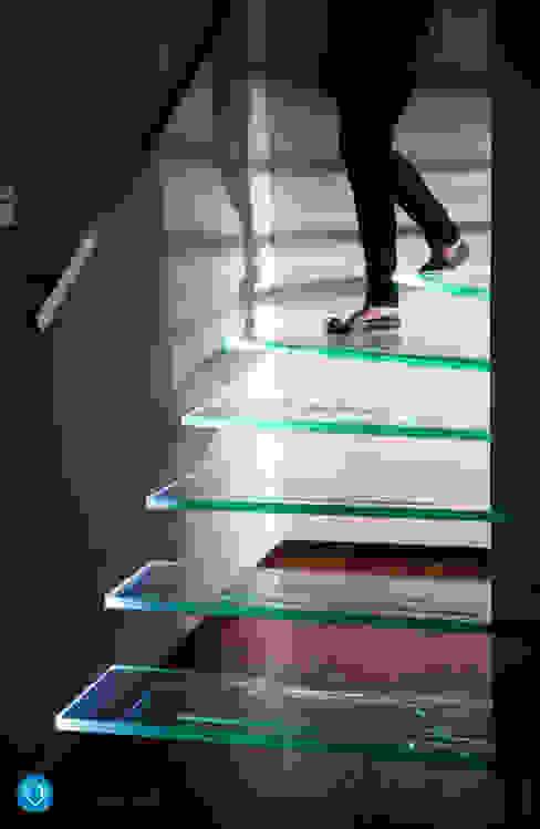 Corredores, halls e escadas modernos por Anna Krzak architektura wnętrz Moderno