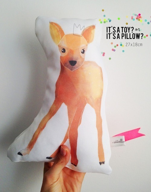 Deer pillow por catita illustrations® Escandinavo