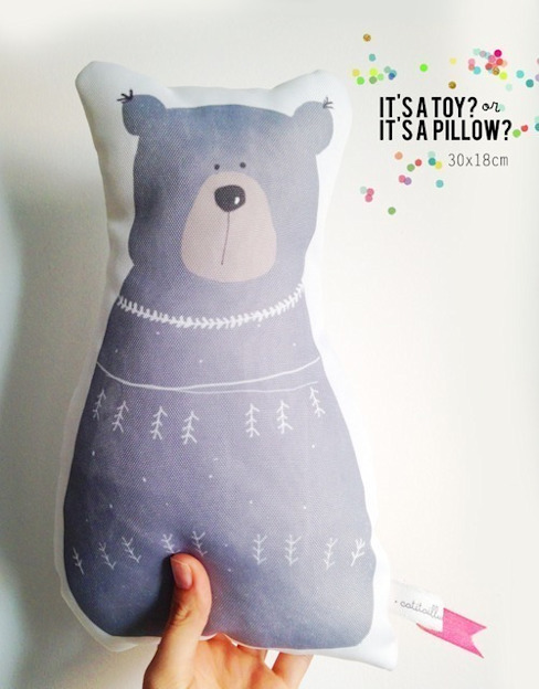 Bear pillow por catita illustrations® Escandinavo