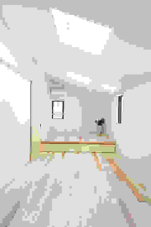 寝室: 一級建築士事務所co-designstudioが手掛けた寝室です。,モダン