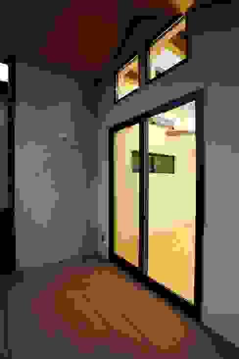 品川の住処 株式会社ハウジングアーキテクト建築設計事務所 和風デザインの テラス