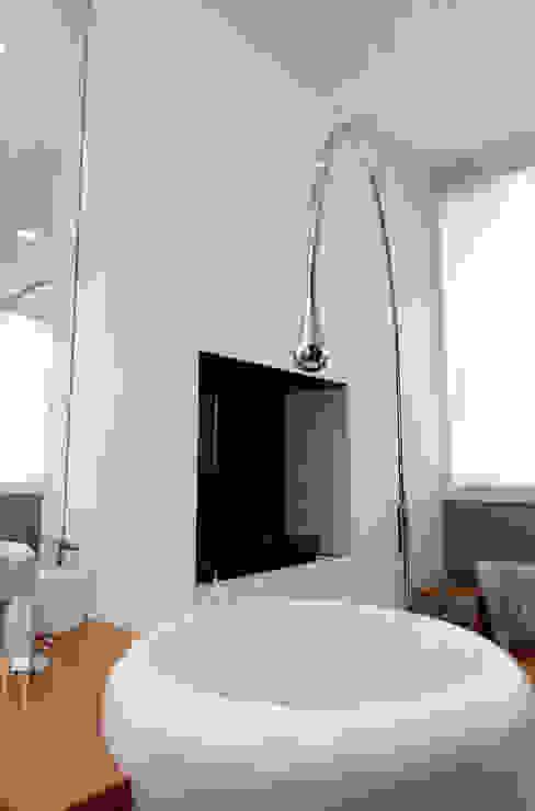 Bathroom by Studio  Vesce Architettura,